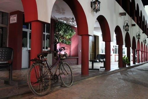 Δωρεάν στοκ φωτογραφιών με ποδήλατο, προοπτική, τόξα