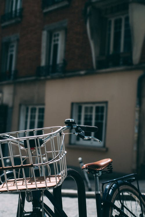 Gratis stockfoto met architectuur, close-up, fiets, gebouw