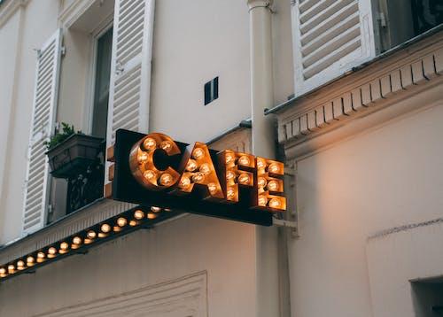 Gratis arkivbilde med bygning, kafé, lett, lys