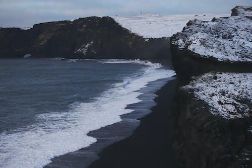 Бесплатное стоковое фото с белый, берег, буря, вики