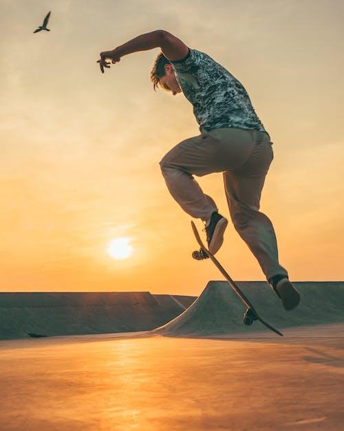 Δωρεάν στοκ φωτογραφιών με extreme sports, skateboard, skateboarder, skateboarding
