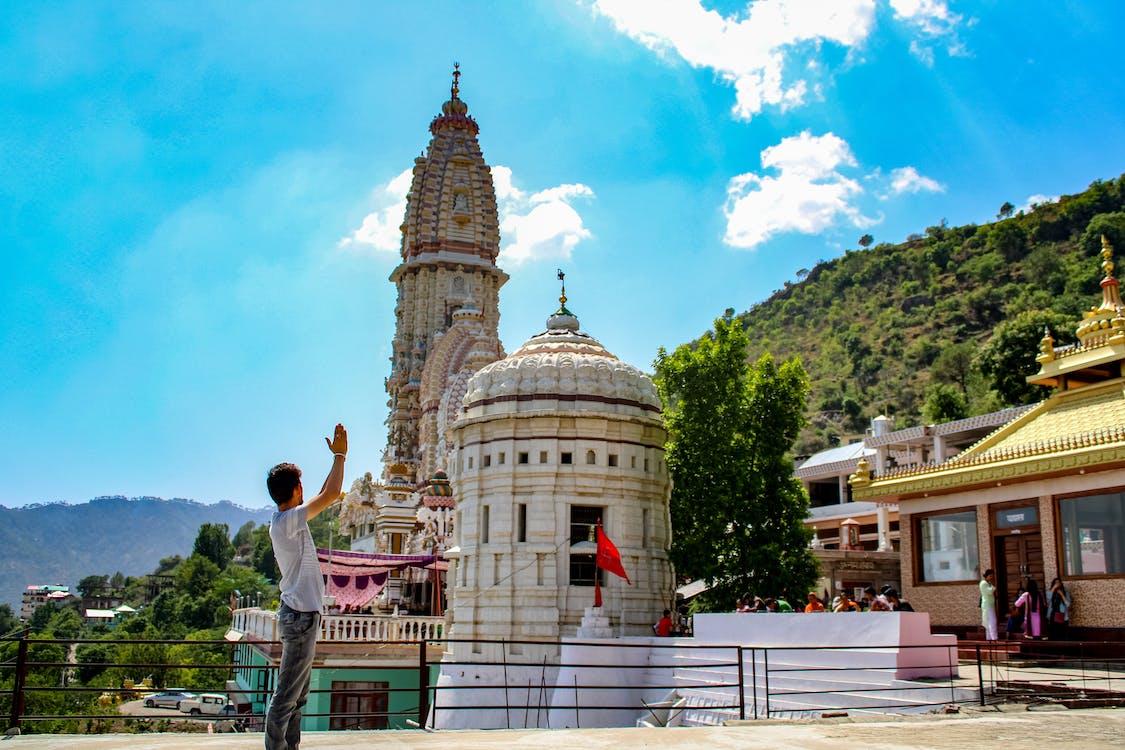 jatoli寺, 主湿婆, 湿婆