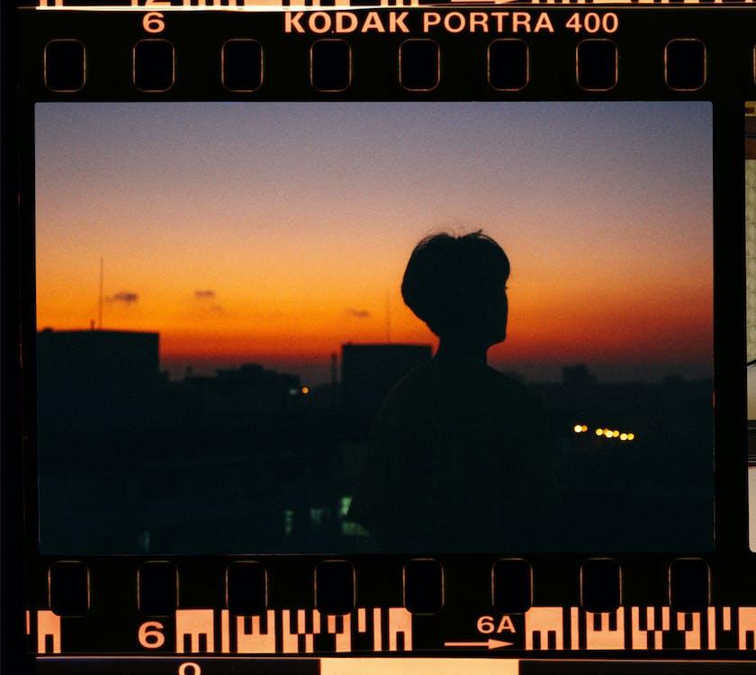 človek, detailný záber, diafilm
