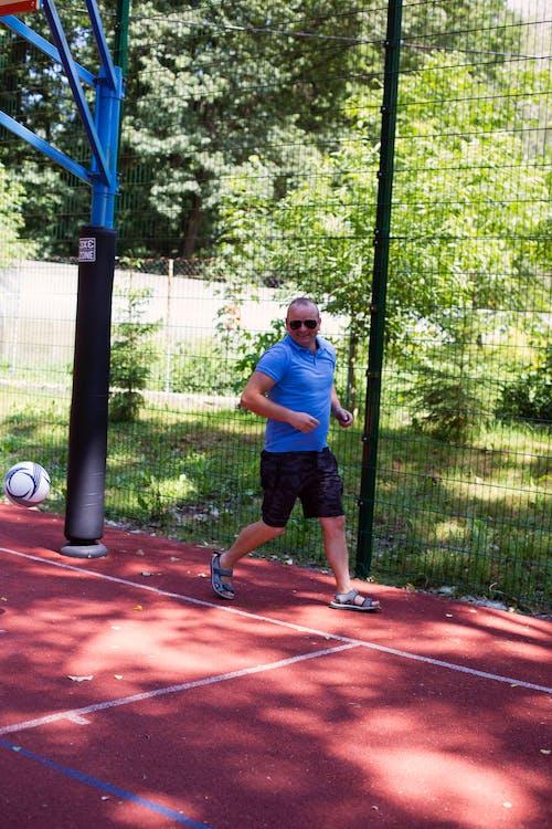 chłopak, futbol, gra