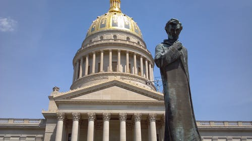Foto d'estoc gratuïta de Abraham Lincoln, capital de l'estat, estàtua, oest de virginia