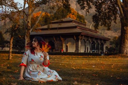 Δωρεάν στοκ φωτογραφιών με srinagar, άνθρωπος, αρχιτεκτονική, γρασίδι