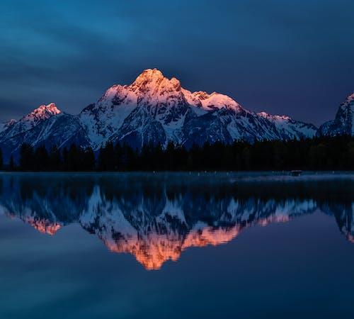 Gratis stockfoto met berg, besneeuwd, buiten, koninklijk