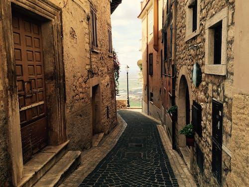 Ilmainen kuvapankkikuva tunnisteilla alleyway, arkkitehtuuri, kapea, kuja