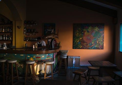 Ảnh lưu trữ miễn phí về ánh sáng, bàn, cửa sổ, ghế ngồi