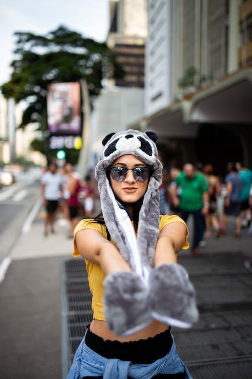 Fotobanka sbezplatnými fotkami na tému človek, móda, na zvislo, nosiť