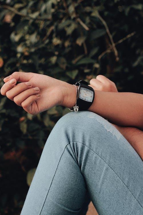 관찰, 사람, 손, 손목시계의 무료 스톡 사진