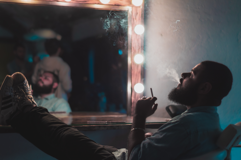 Kouření na obličeji