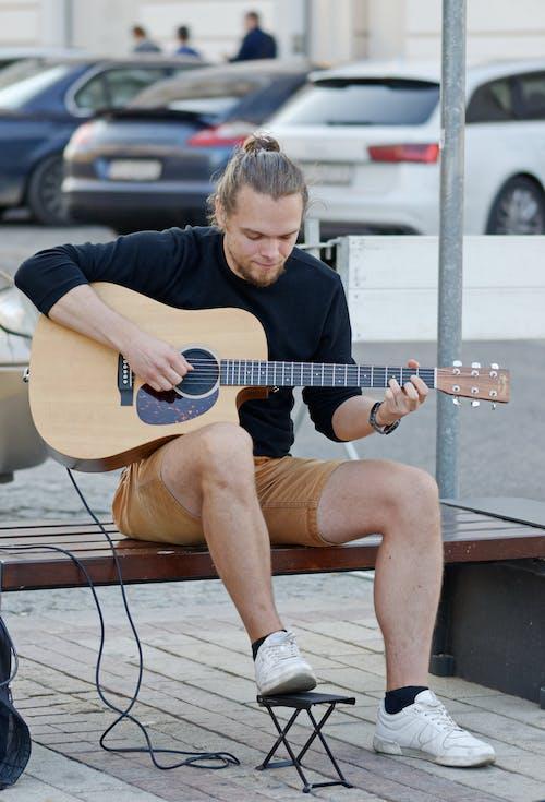 Ảnh lưu trữ miễn phí về Âm nhạc, Băng ghế, bộ khuếch đại, guitar acoustic