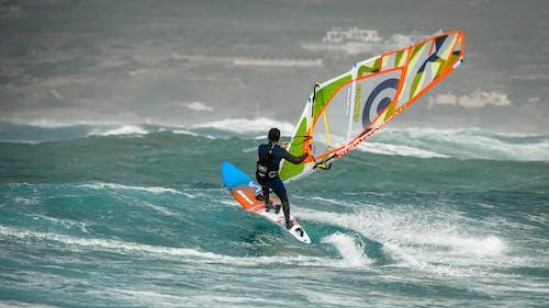Foto profissional grátis de diversão, esporte, esportes aquáticos, mar