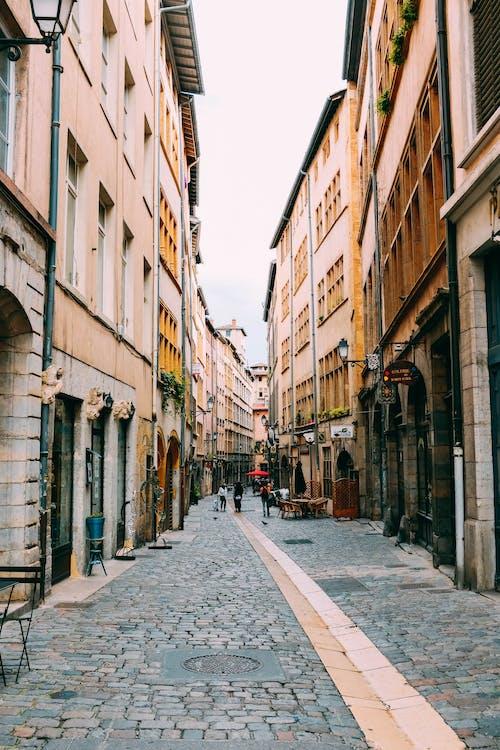 人, 商業, 城市, 巷弄 的 免费素材照片