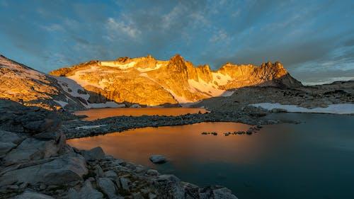 Immagine gratuita di acqua, alba, avventura, cielo