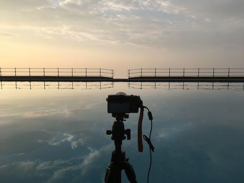 açık hava, akşam karanlığı, altın rengi Güneş, altın saat içeren Ücretsiz stok fotoğraf