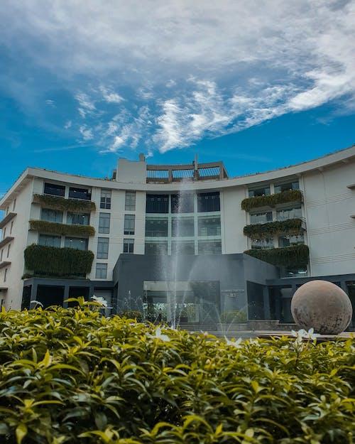 Základová fotografie zdarma na téma apartmány, architektonický návrh, architektura, balkony
