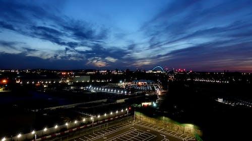 Gratis stockfoto met industrie, industrieel gebied, nachtelijke hemel, nachtstad
