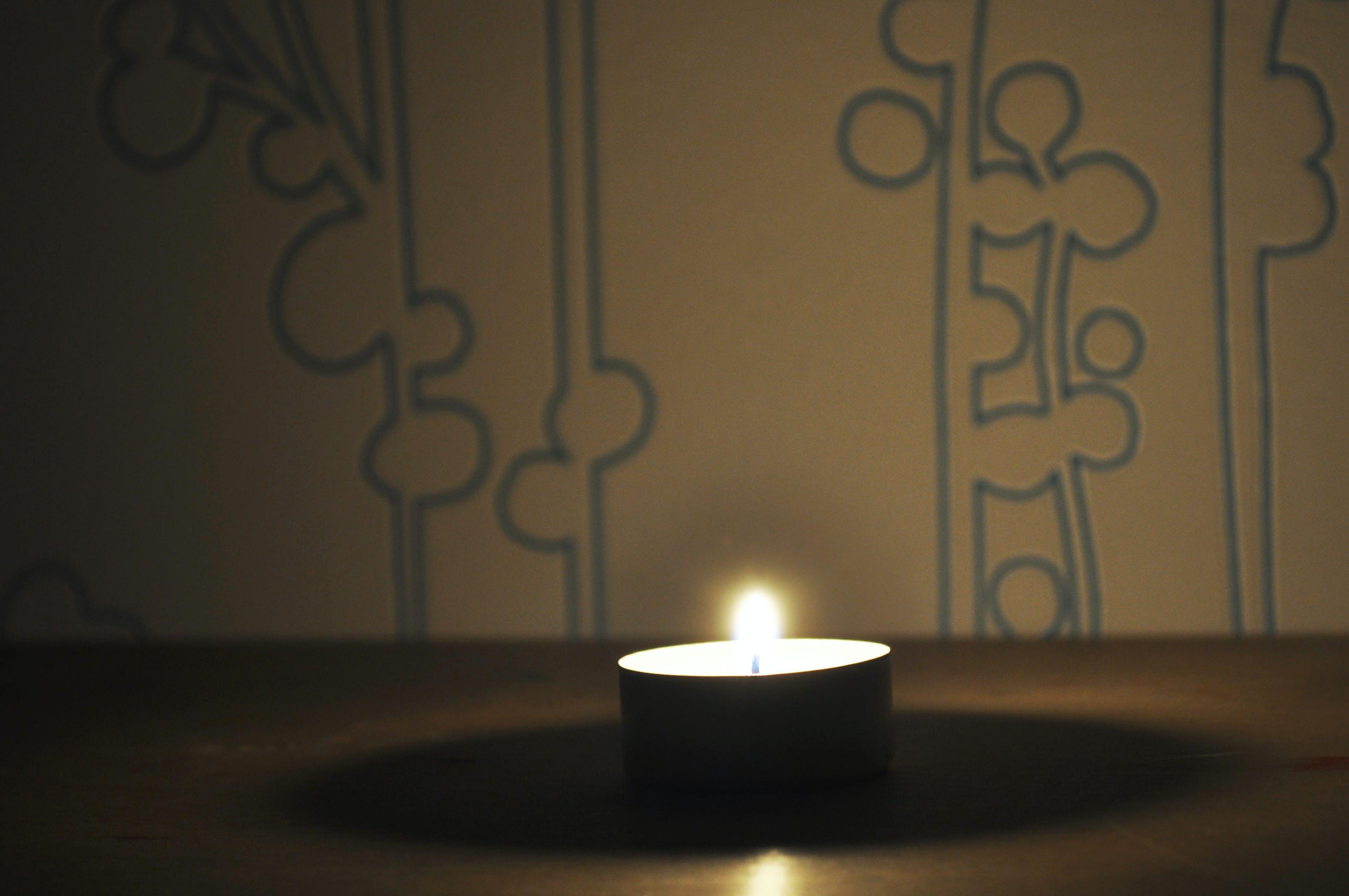 Immagine gratuita di atmosfera, atmosferico, candela, inverno