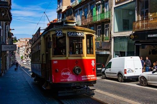 Foto profissional grátis de bonde, centro da cidade, cidade, elétrico