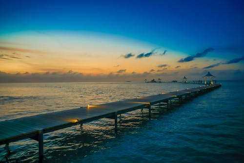 Fotobanka sbezplatnými fotkami na tému dok, exteriéry, krajina, krajina pri mori