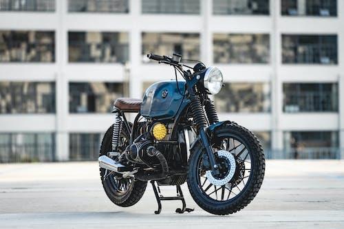 Fotos de stock gratuitas de moto, motocicleta, sistema de transporte, vehículo