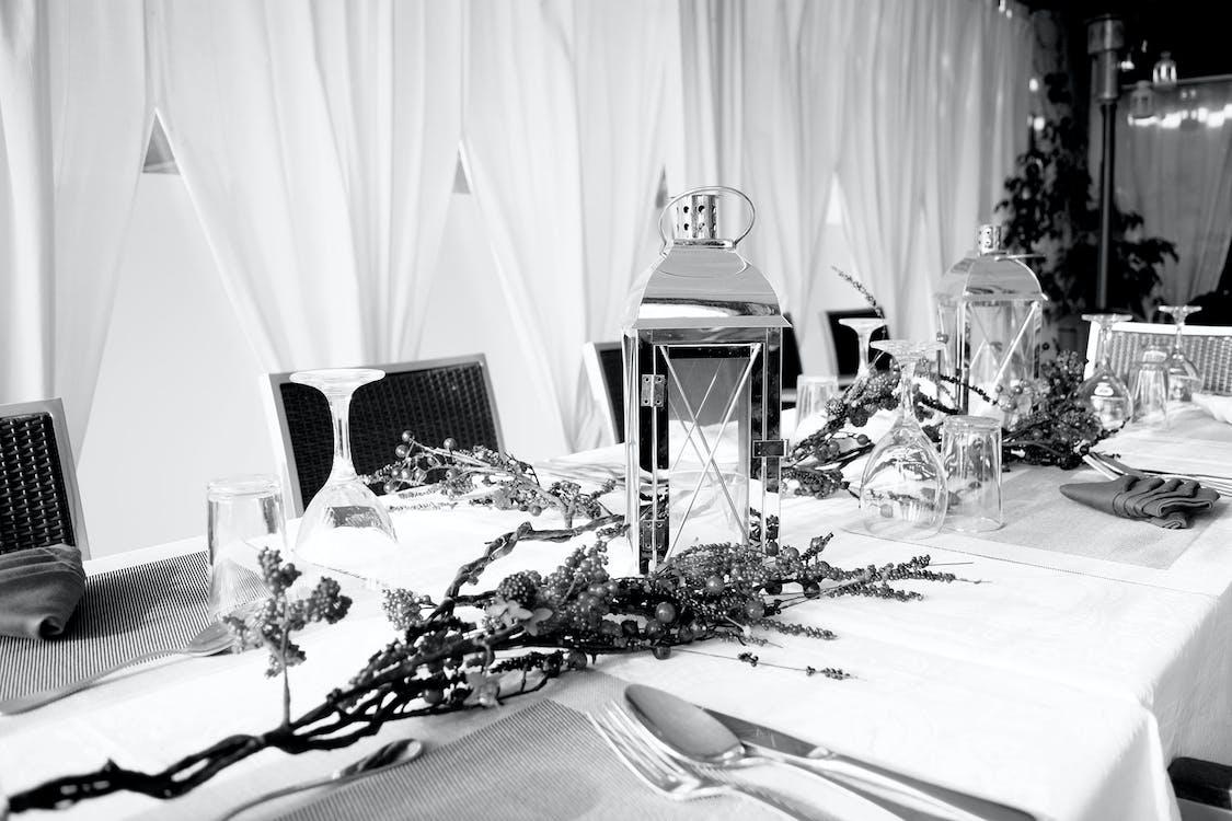 Ingyenes stockfotó Karácsony, karácsonyi asztal, Karácsonyi dekoráció témában