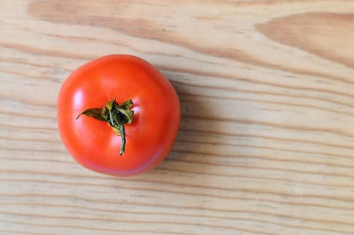 Close-up Photography of a Tomato