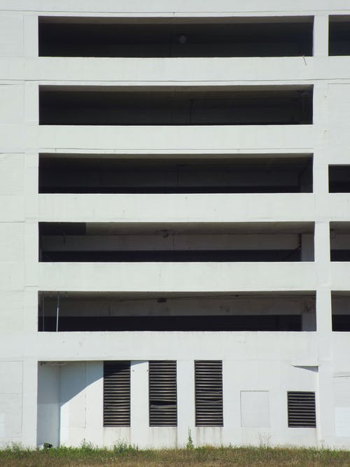 住宅, 公寓樓, 圖案, 建築外觀 的 免费素材照片