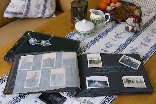 Free stock photo of alte Fotos, Fotoalbum, vintage photos