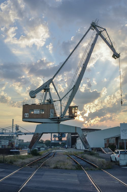 기중기, 산업, 일몰, 철도 노선의 무료 스톡 사진