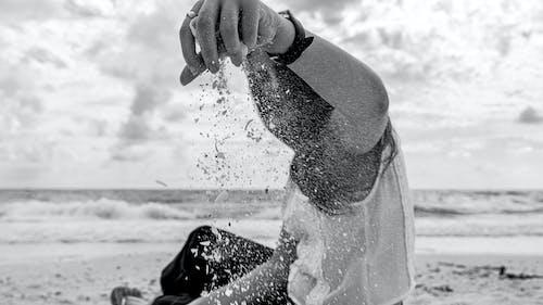 Ilmainen kuvapankkikuva tunnisteilla henkilö, hiekka, hiekkaranta, merenranta