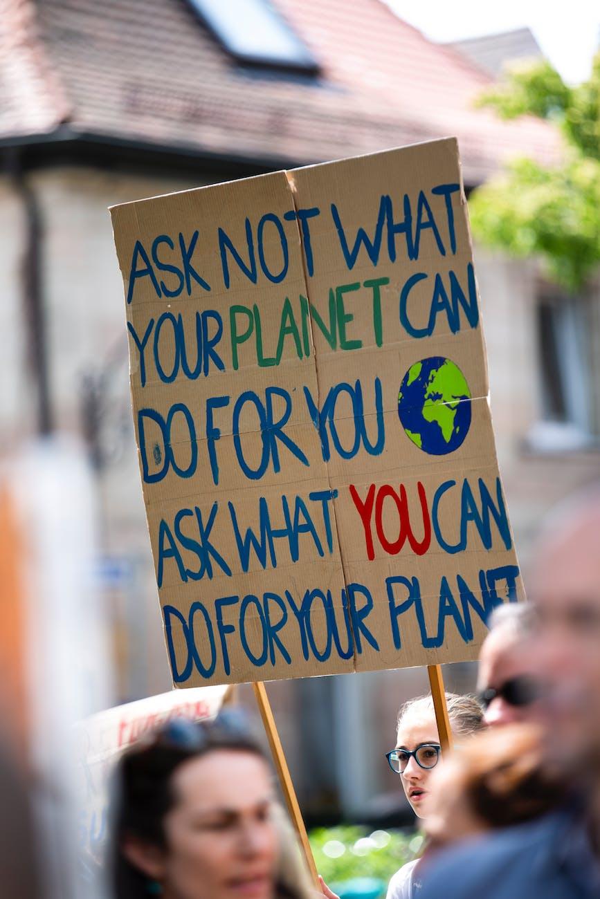 ételpazarlás CO2-lábnyom mezőgazdaság ENSZ élelmiszerpazarlás