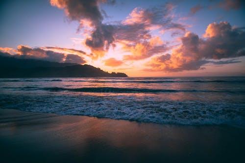 地平線, 岸邊, 戲劇性的天空, 日出 的 免費圖庫相片