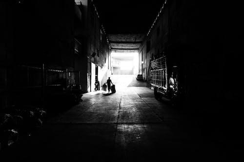 Ingyenes stockfotó alagút, árnyék, beltéri, divat témában