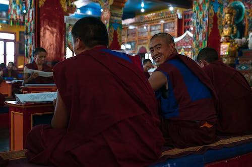 Kostenloses Stock Foto zu ausbildung, beten, bildung, buddhismus