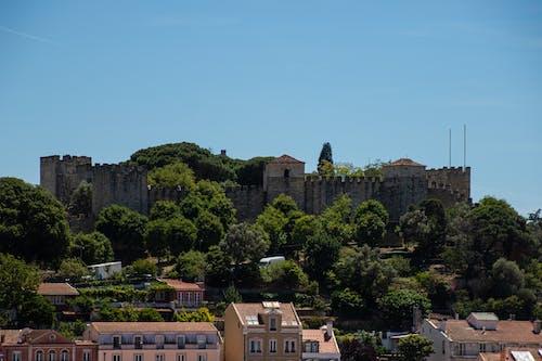 Foto stok gratis Arsitektur, bangunan tua, bukit, Kastil