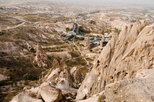 Foto d'estoc gratuïta de a l'aire lliure, aeri, àrid, cappadocia