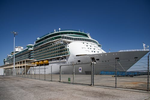 Foto stok gratis balkon, jelajahi, kapal pesiar, laut