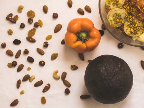 アーモンド, グレープフルーツ, ドライフルーツ, ナッツの無料の写真素材
