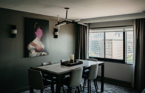 Gratis lagerfoto af boligindretning, bord, dagslys, dekoration