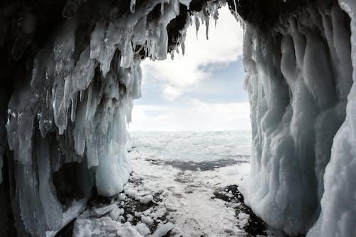 Бесплатное стоковое фото с вид из пещеры, дневное время, дневной свет, живописный