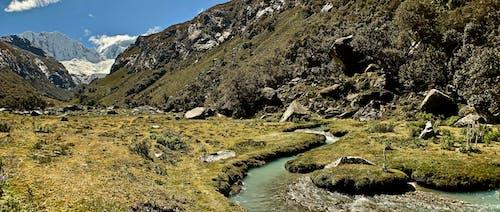山, 山岳, 川, 流れの無料の写真素材