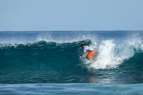 Δωρεάν στοκ φωτογραφιών με Surf, αναψυχή, άνδρας, αφρός