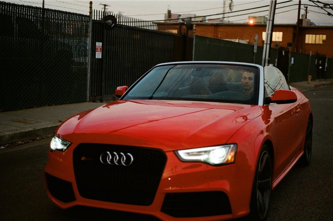 araba, araç, audi içeren Ücretsiz stok fotoğraf