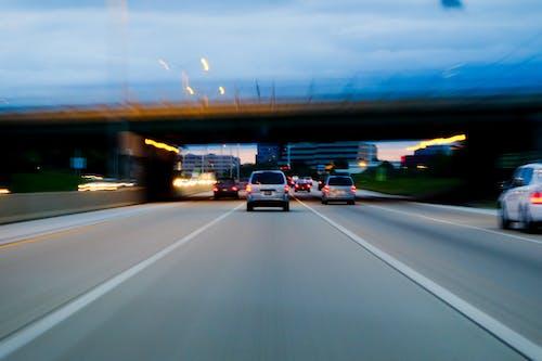 Foto profissional grátis de ágil, automóveis, borrão, engarrafamento