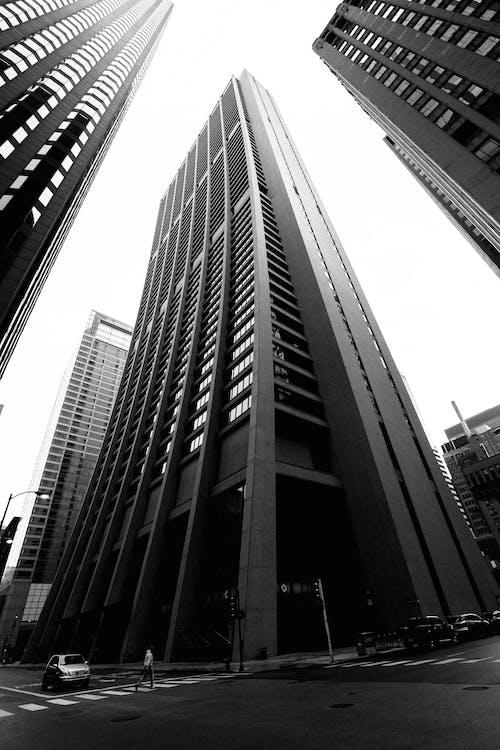 Imagine de stoc gratuită din alb-negru, alee pietonală, arhitectură, autostradă