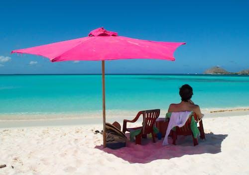 Ilmainen kuvapankkikuva tunnisteilla aurinkovarjo, hiekka, hiekkaranta