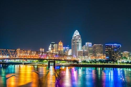 商業, 城市, 基礎設施, 夜燈 的 免費圖庫相片